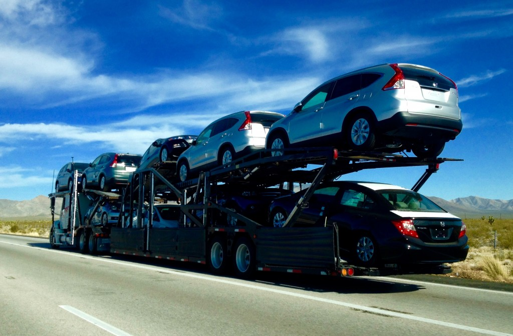 Vehicle Shipping Service to Get Your Car Moved to a New Location